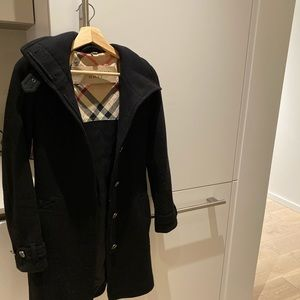 Beautiful Burberry Wool Trench Size 2